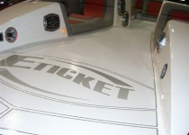 E-Ticket 29' Luxury Cat