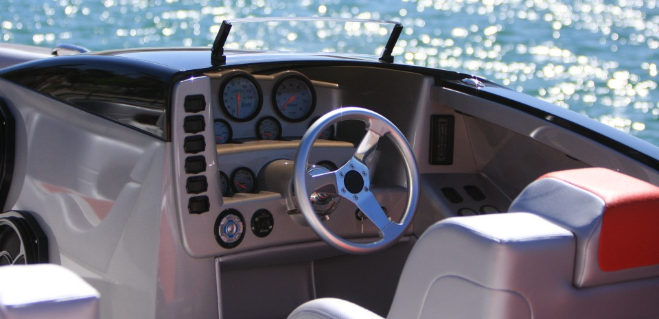 E-Ticket 29' Luxury Cat Driver's Helm to Match Motif of Boat